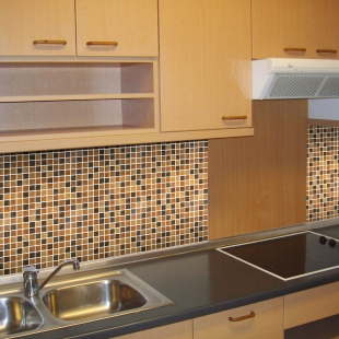Кухня с мозаикой