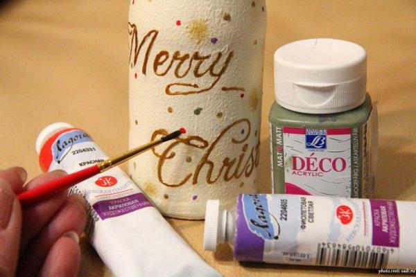 Новогодний декупаж - рисуем кофетти и снежинки